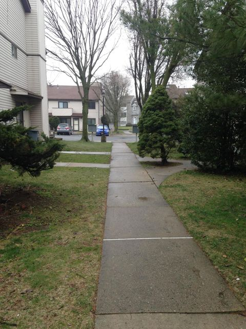 Single Family - Attached 530 Lisk Avenue  Staten Island, NY 10303, MLS-1118697-19