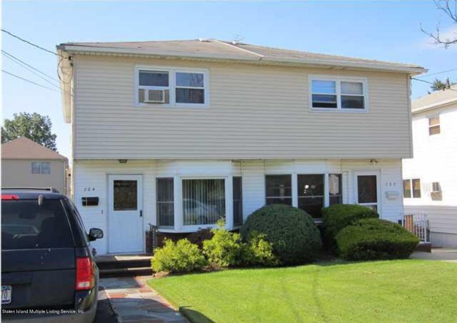 Single Family - Semi-Attached in Dongan Hills-Above Hylan - 204 Stobe Avenue  Staten Island, NY 10306