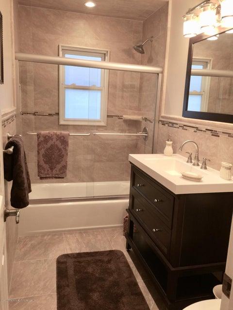 Single Family - Semi-Attached 204 Stobe Avenue  Staten Island, NY 10306, MLS-1118698-9