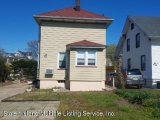 Single Family - Detached 303 Decker Avenue  Staten Island, NY 10302, MLS-1118192-2
