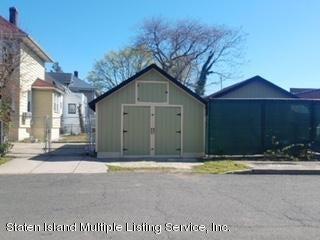 Single Family - Detached 303 Decker Avenue  Staten Island, NY 10302, MLS-1118192-3