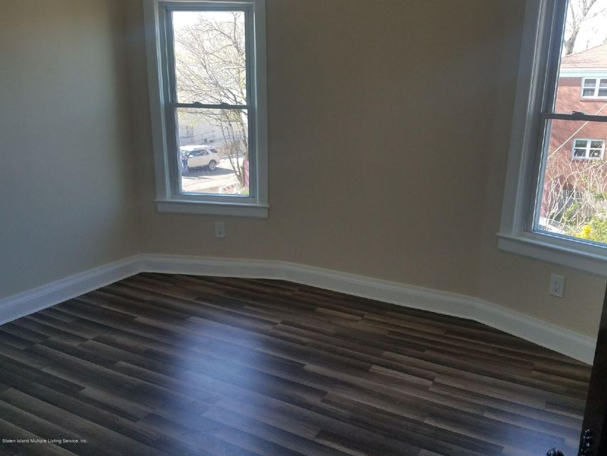 Single Family - Detached 303 Decker Avenue  Staten Island, NY 10302, MLS-1118192-16