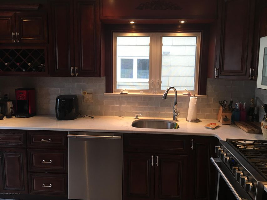 Single Family - Semi-Attached 88 Renee Place  Staten Island, NY 10314, MLS-1118767-3