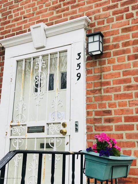 Co-Op in Dyker Heights - 359 Bay 8th Street 1  Brooklyn, NY 11228