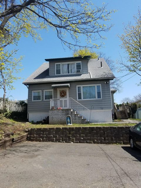 Two Family - Detached in Rosebank - 1 Bang Terrace   Staten Island, NY 10305