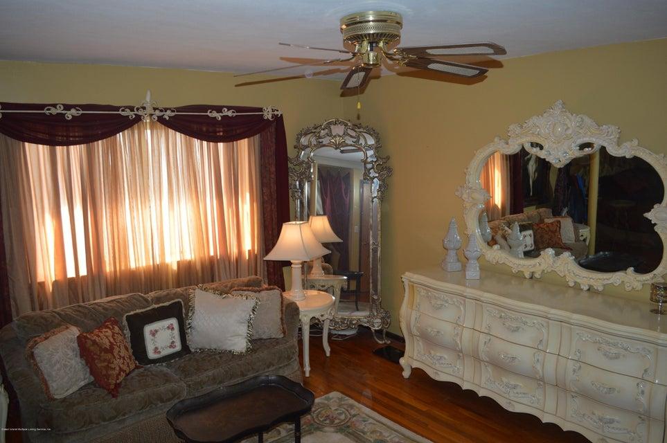 Single Family - Detached 525 Sycamore Street  Staten Island, NY 10312, MLS-1118843-28