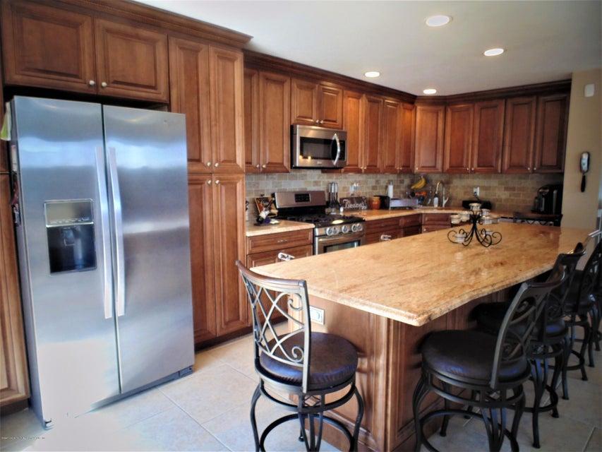 Two Family - Semi-Attached 25 White Oak Lane  Staten Island, NY 10309, MLS-1118923-10