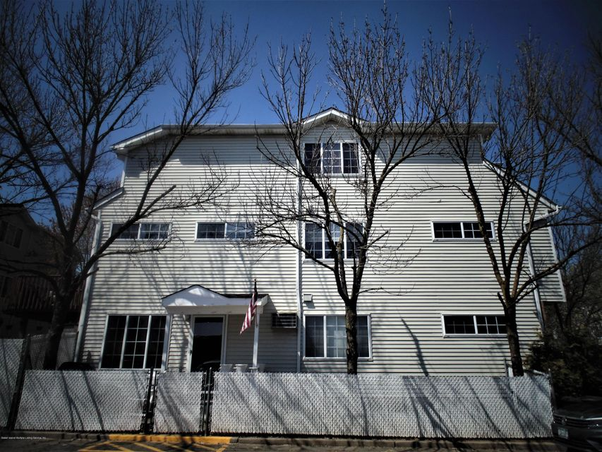Two Family - Semi-Attached 25 White Oak Lane  Staten Island, NY 10309, MLS-1118923-17