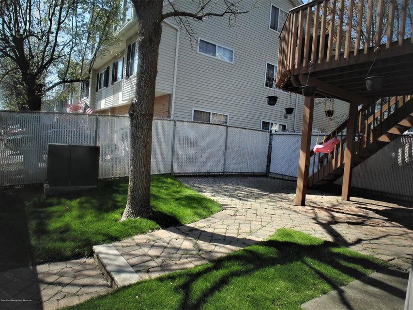 Two Family - Semi-Attached 25 White Oak Lane  Staten Island, NY 10309, MLS-1118923-26