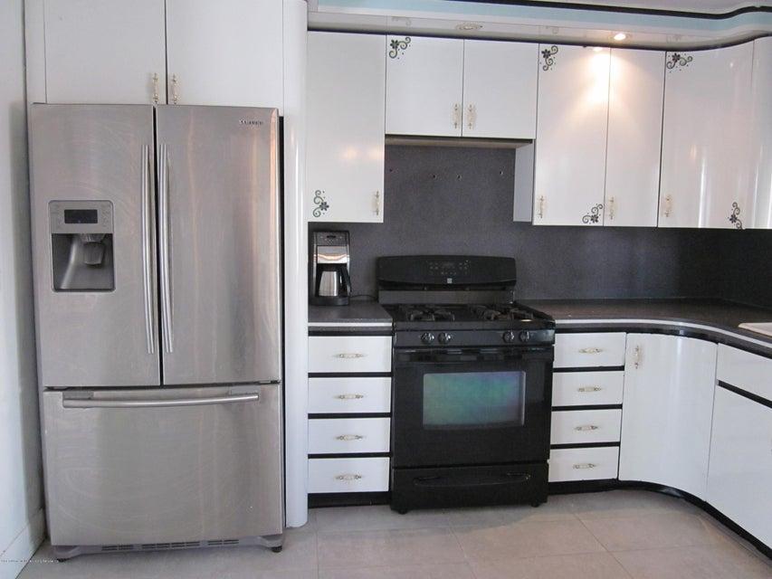 Single Family - Semi-Attached 429 Travis Avenue  Staten Island, NY 10314, MLS-1118927-3
