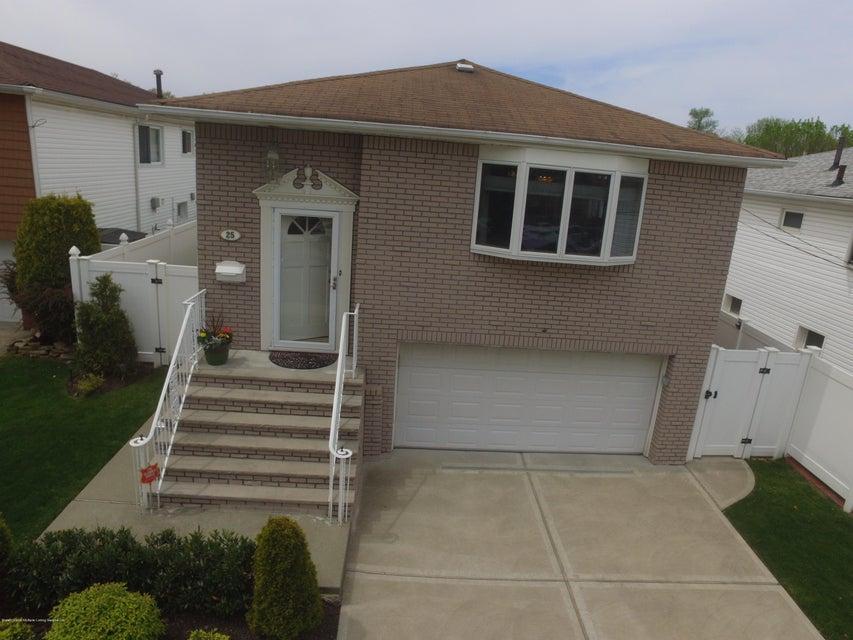 Single Family - Detached 25 Bamberger Lane  Staten Island, NY 10312, MLS-1119082-2