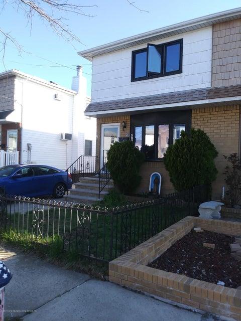 Single Family - Semi-Attached 490 Naughton Avenue  Staten Island, NY 10305, MLS-1119146-2
