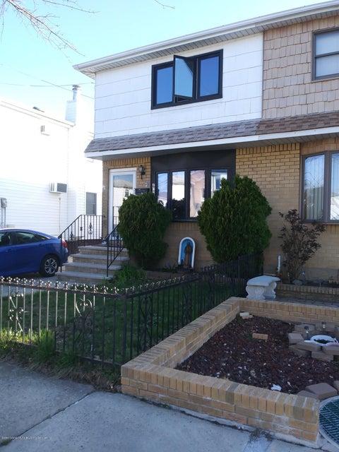 Single Family - Semi-Attached 490 Naughton Avenue  Staten Island, NY 10305, MLS-1119146-3