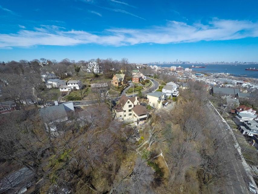 Single Family - Detached 76 Nixon Avenue  Staten Island, NY 10304, MLS-1119147-2