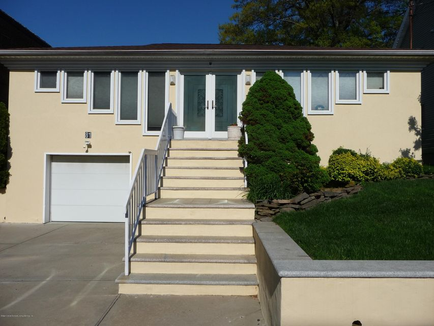 Single Family - Detached in Sunset Hill - 81 Lawrence Avenue  Staten Island, NY 10310