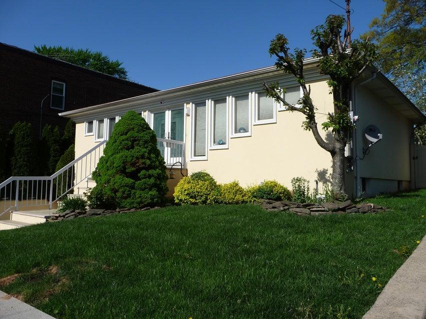 Single Family - Detached 81 Lawrence Avenue  Staten Island, NY 10310, MLS-1119223-4