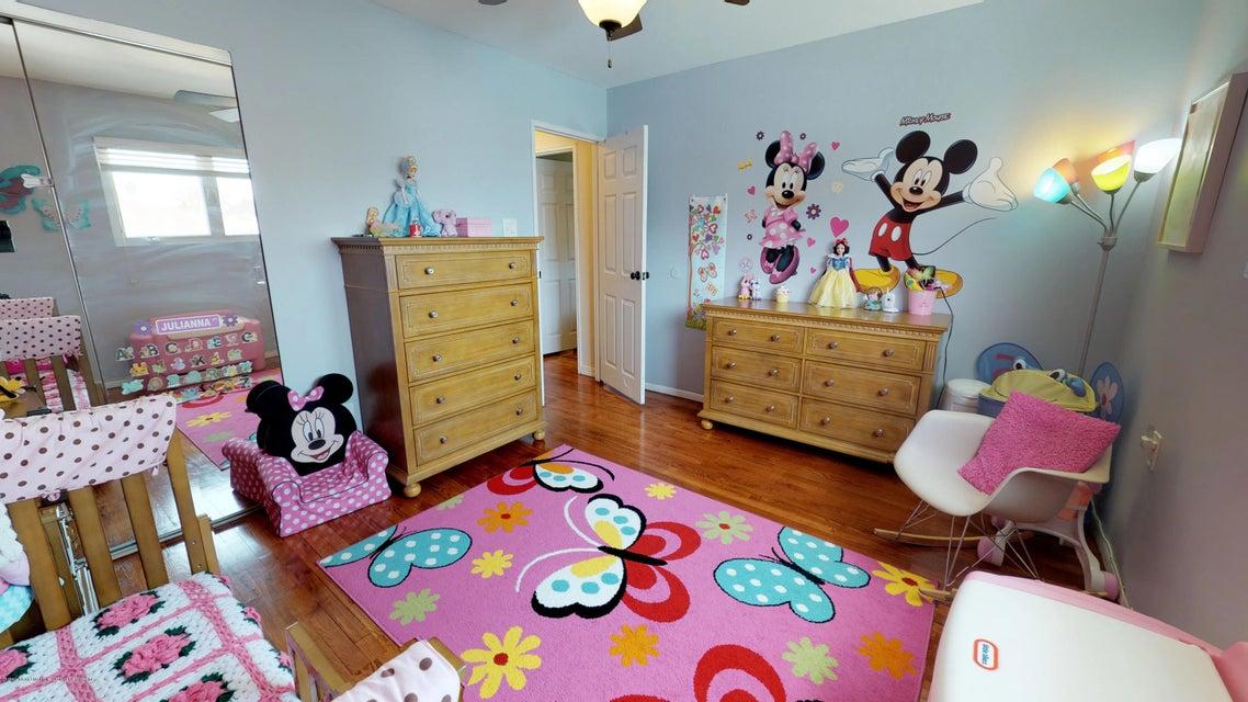 Single Family - Detached 25 Bamberger Lane  Staten Island, NY 10312, MLS-1119082-9