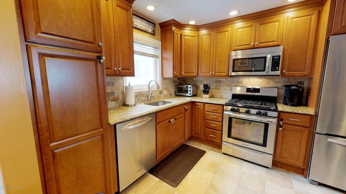 Single Family - Detached 25 Bamberger Lane  Staten Island, NY 10312, MLS-1119082-5