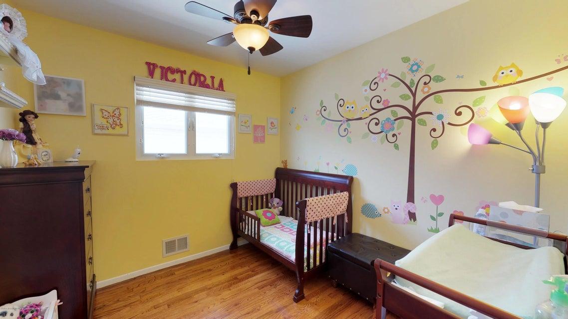 Single Family - Detached 25 Bamberger Lane  Staten Island, NY 10312, MLS-1119082-11
