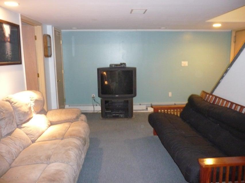 Single Family - Detached 81 Lawrence Avenue  Staten Island, NY 10310, MLS-1119223-20