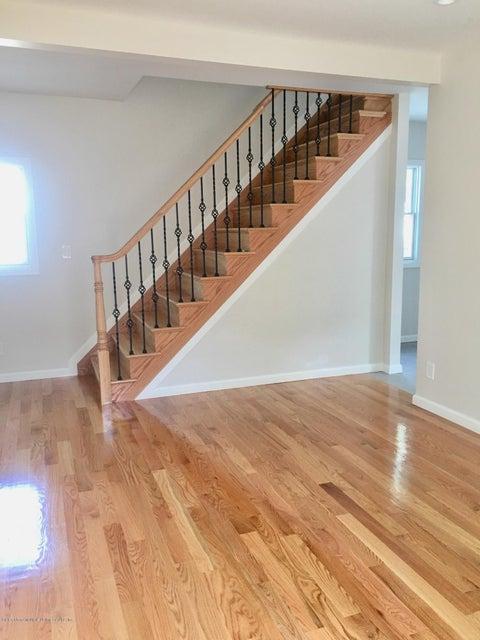 Single Family - Detached 108 Coddington Avenue  Staten Island, NY 10306, MLS-1119330-41