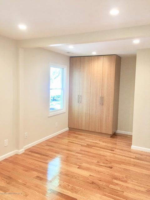 Single Family - Detached 108 Coddington Avenue  Staten Island, NY 10306, MLS-1119330-54