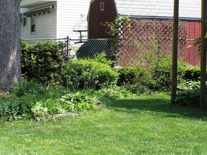 Single Family - Detached 479 Maine Avenue  Staten Island, NY 10314, MLS-1118413-15