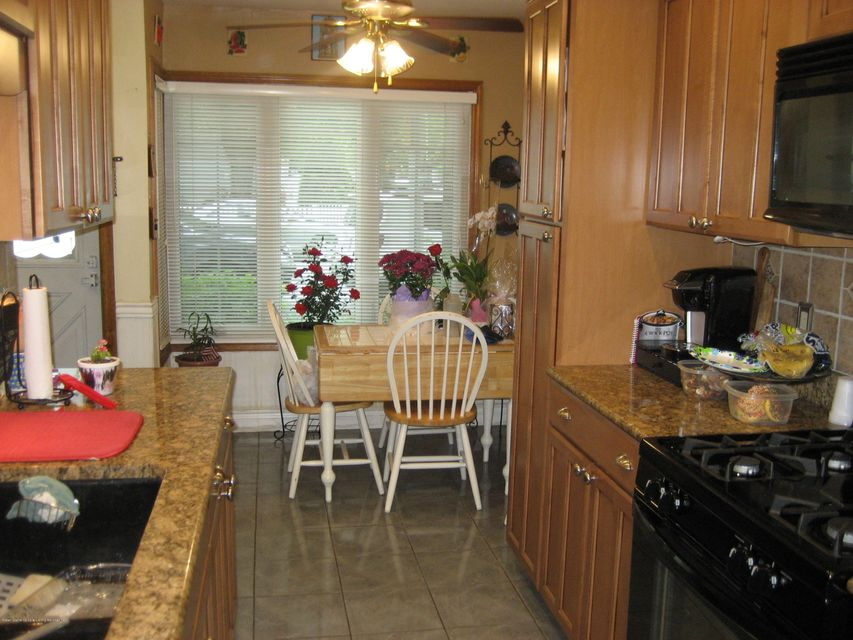 Single Family - Attached 131 Dover Green  Staten Island, NY 10312, MLS-1119356-5