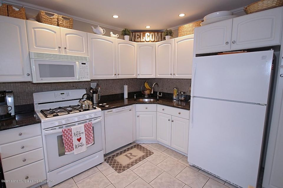 Single Family - Semi-Attached 59 Kingsbridge Avenue  Staten Island, NY 10314, MLS-1119425-4