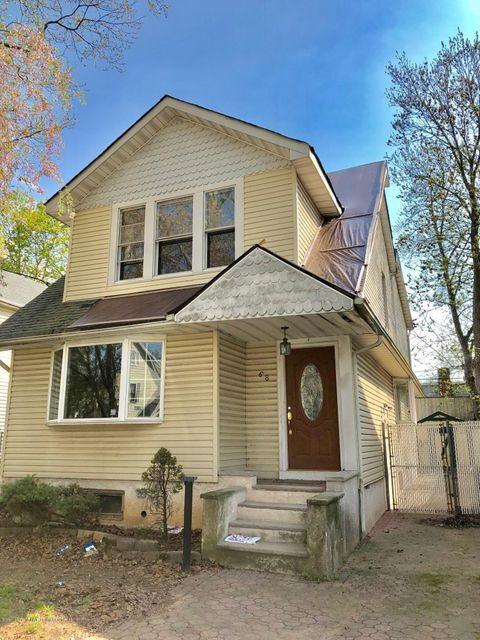 Single Family - Detached in New Dorp - 68 Jacques Avenue  Staten Island, NY 10306