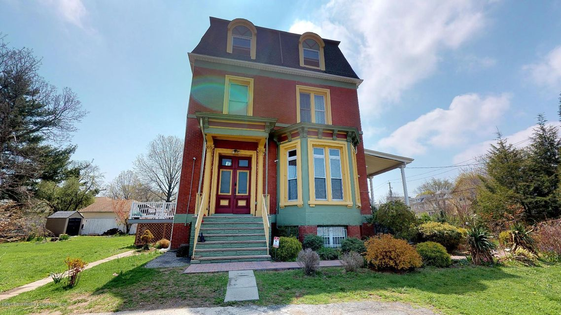 Single Family - Detached in Snug Harbor - 15 Bement Avenue  Staten Island, NY 10310