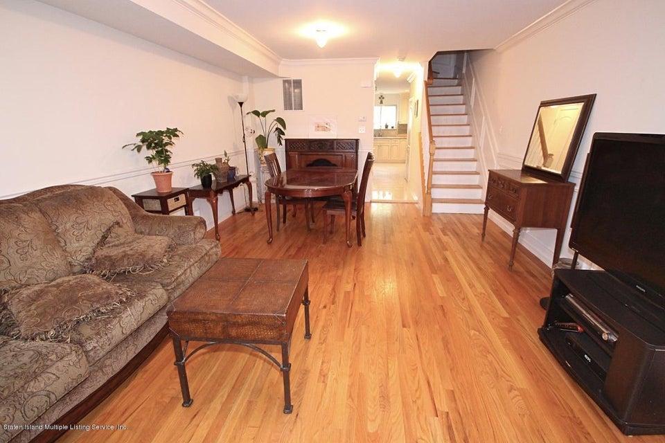 Single Family - Semi-Attached 23 Peachtree Lane  Staten Island, NY 10309, MLS-1119564-2