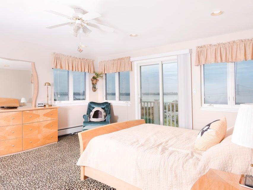 Single Family - Detached 84 Nixon Avenue  Staten Island, NY 10304, MLS-1119640-11