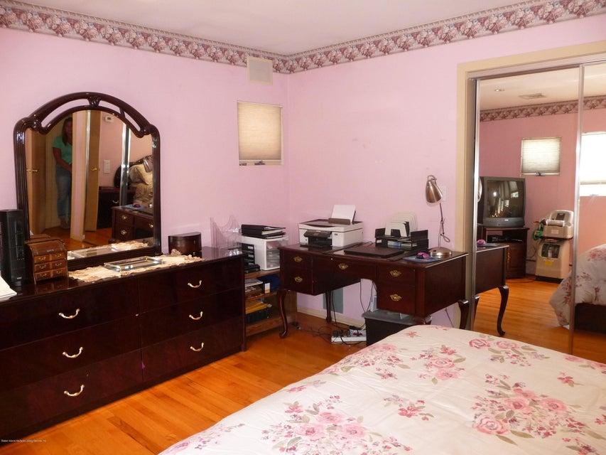 Single Family - Detached 81 Lawrence Avenue  Staten Island, NY 10310, MLS-1119223-12