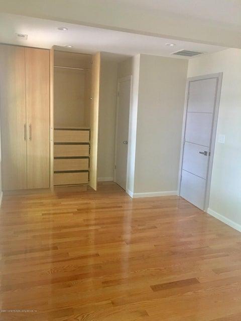 Single Family - Detached 108 Coddington Avenue  Staten Island, NY 10306, MLS-1119330-59
