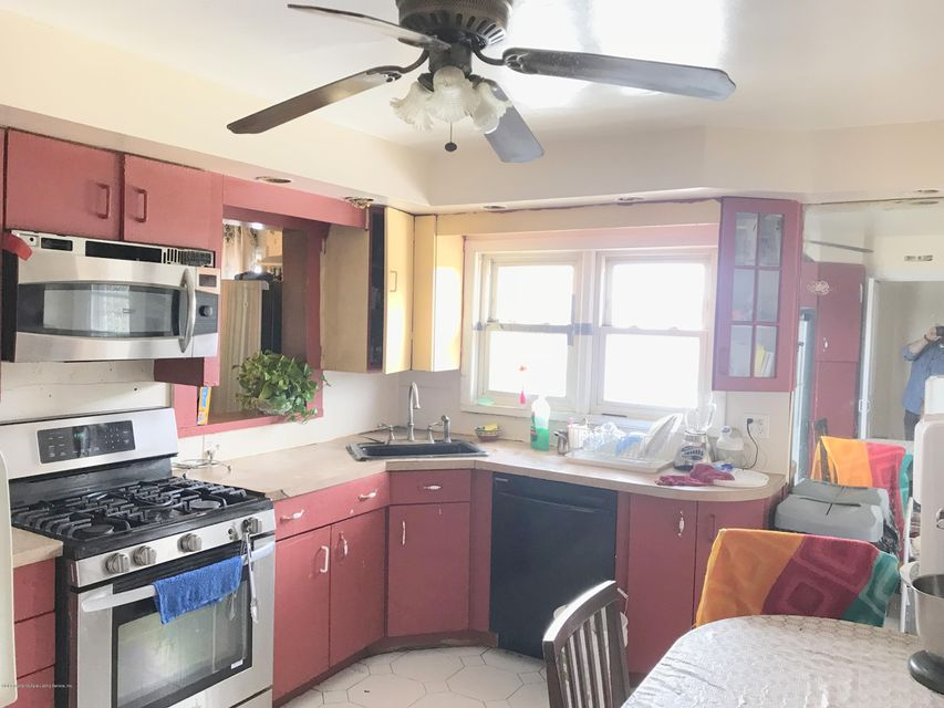 Single Family - Detached 17 Witteman Place  Staten Island, NY 10301, MLS-1119727-5