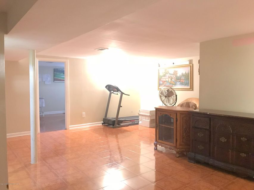 Single Family - Detached 17 Witteman Place  Staten Island, NY 10301, MLS-1119727-11