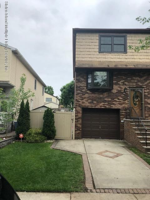 Single Family - Semi-Attached in Annadale - 63 Ludlow St   Staten Island, NY 10312