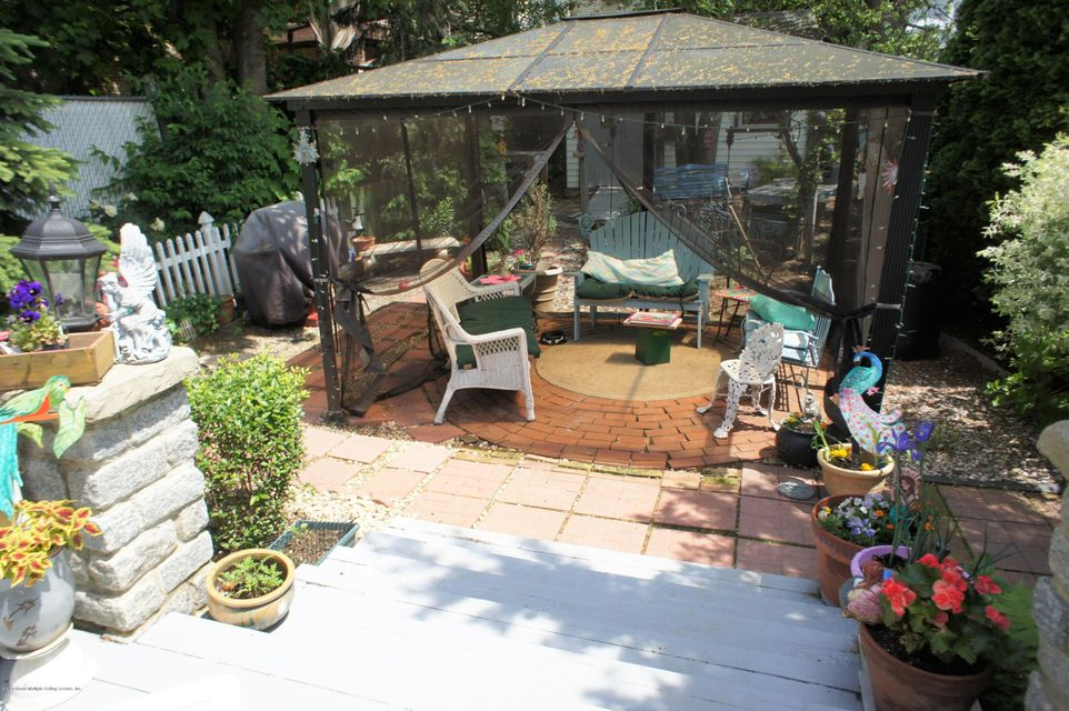 Single Family - Detached 19 Midland Avenue  Staten Island, NY 10306, MLS-1119720-26