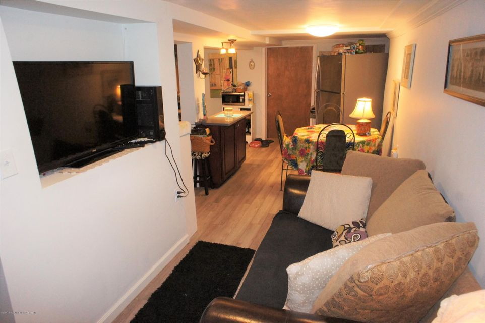 Single Family - Detached 19 Midland Avenue  Staten Island, NY 10306, MLS-1119720-22