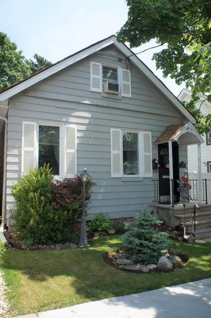 Single Family - Detached 19 Midland Avenue  Staten Island, NY 10306, MLS-1119720-2