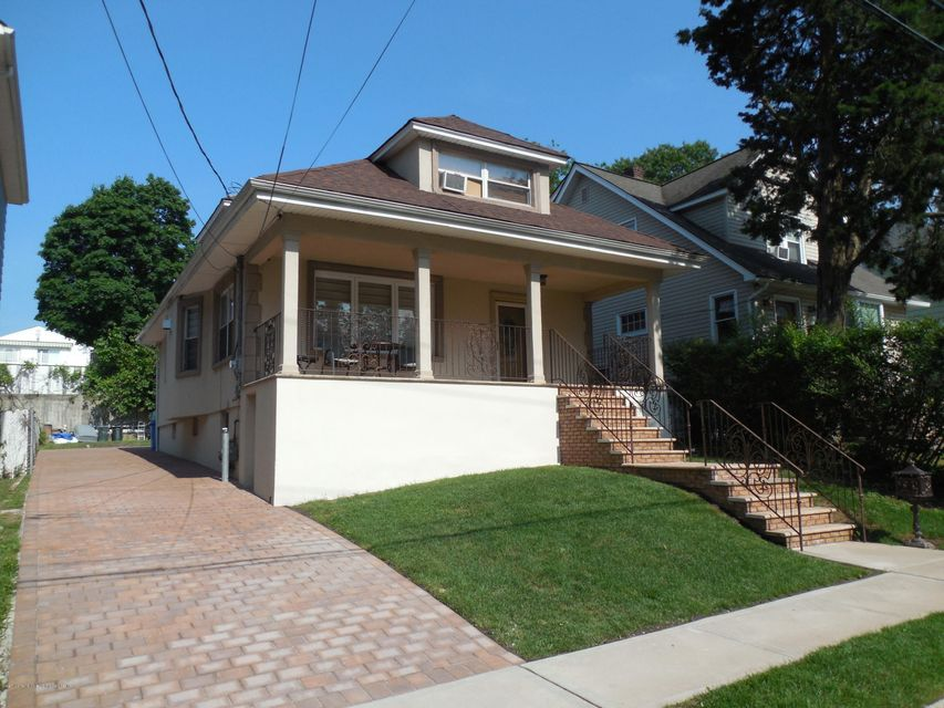 Single Family - Detached 171 Mountainview Avenue  Staten Island, NY 10314, MLS-1119742-2