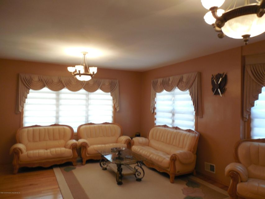 Single Family - Detached 171 Mountainview Avenue  Staten Island, NY 10314, MLS-1119742-3
