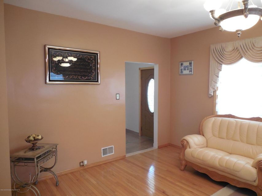 Single Family - Detached 171 Mountainview Avenue  Staten Island, NY 10314, MLS-1119742-7
