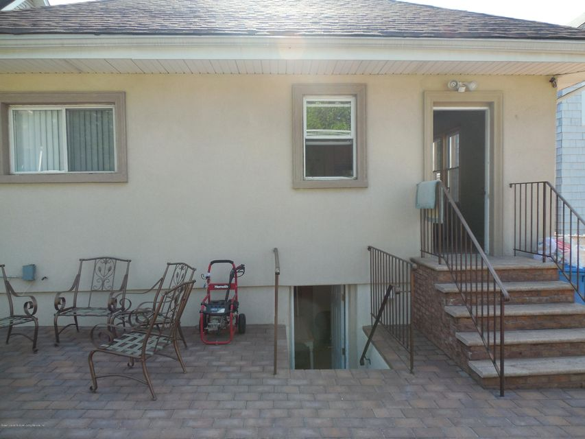 Single Family - Detached 171 Mountainview Avenue  Staten Island, NY 10314, MLS-1119742-26
