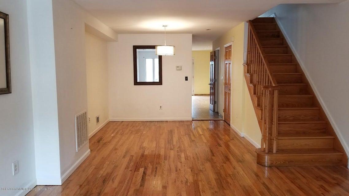 Single Family - Attached 121 Melvin Avenue  Staten Island, NY 10314, MLS-1119850-15