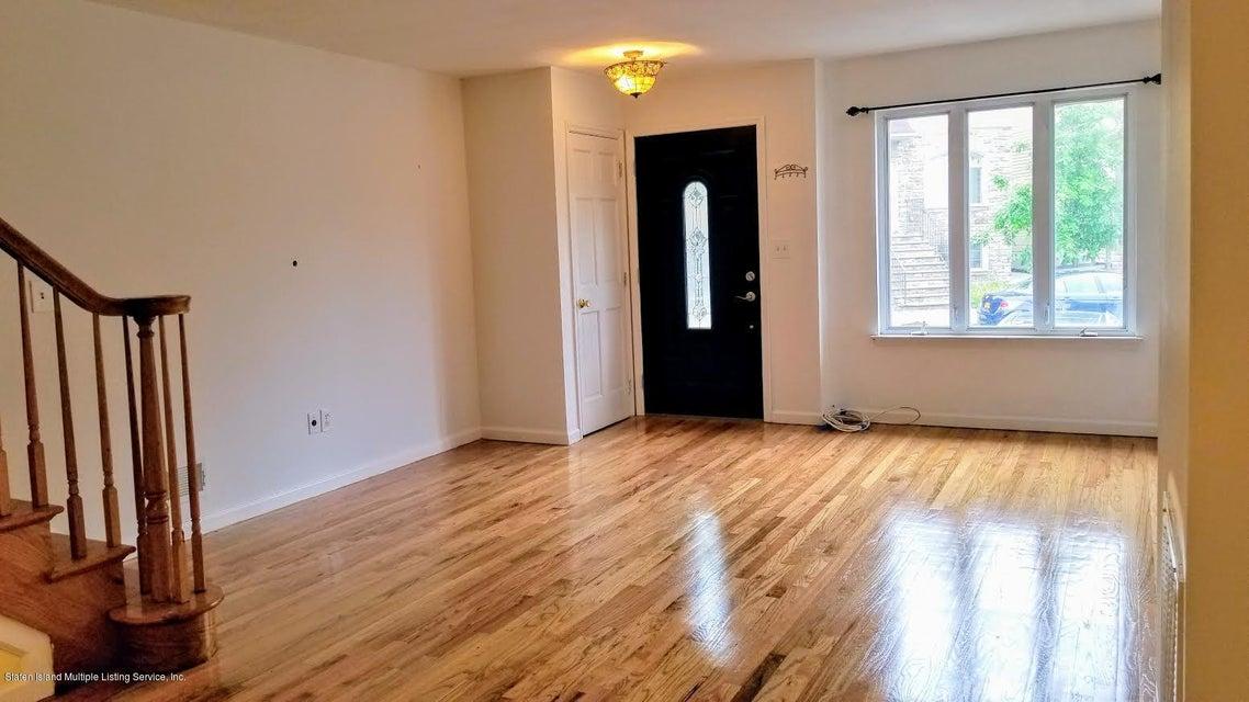 Single Family - Attached 121 Melvin Avenue  Staten Island, NY 10314, MLS-1119850-21