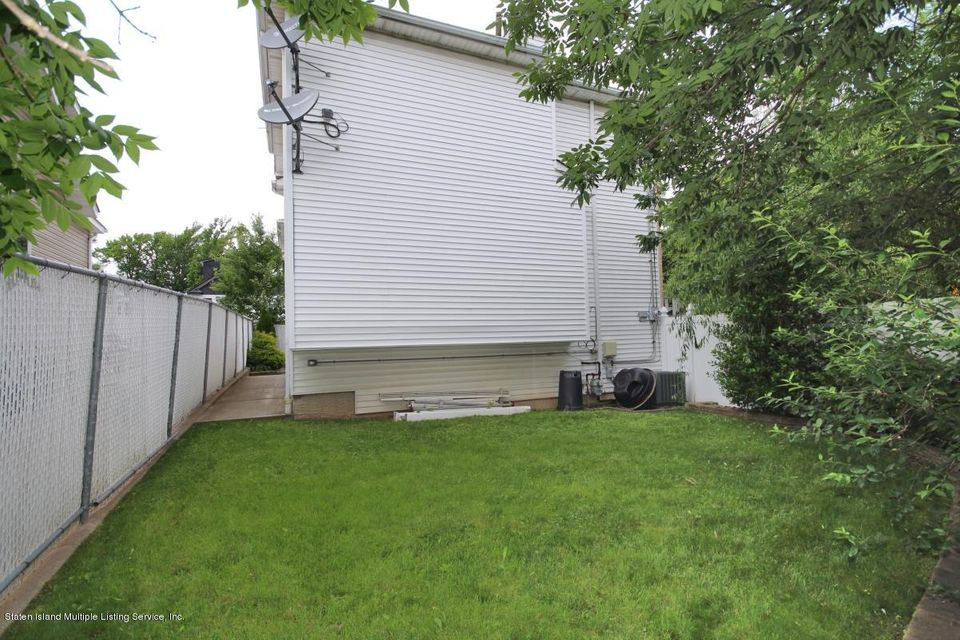 Single Family - Detached 68 Eltingville Boulevard  Staten Island, NY 10312, MLS-1119875-25