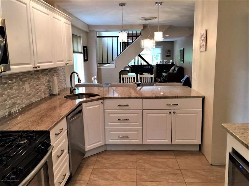 Single Family - Attached 14 Russek Drive  Staten Island, NY 10312, MLS-1119909-14