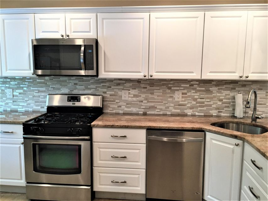 Single Family - Attached 14 Russek Drive  Staten Island, NY 10312, MLS-1119909-16